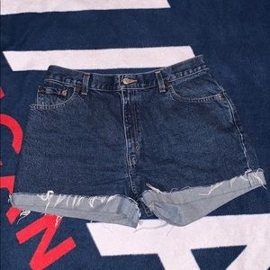 Distressed Denim Levi Jean Short